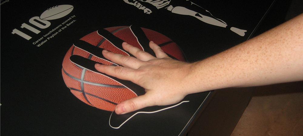 NBA Player Hand Comparison