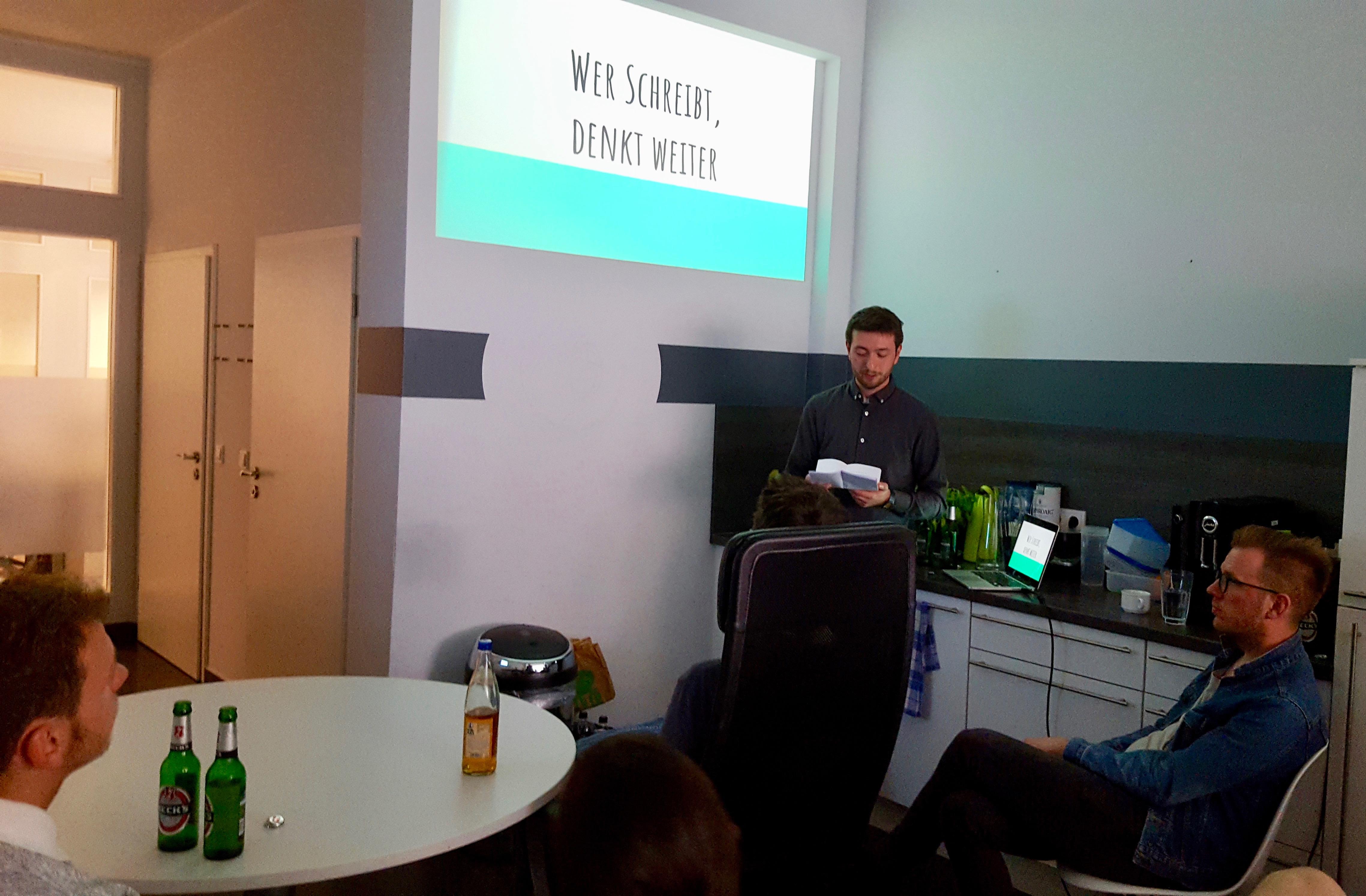 startup team presentation